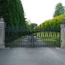How to choose Driveway Gates