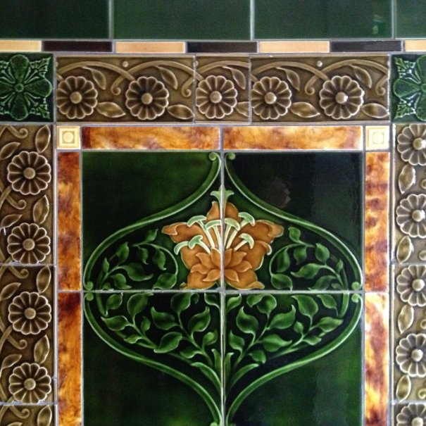 What are the Right Victorian House Tiles?