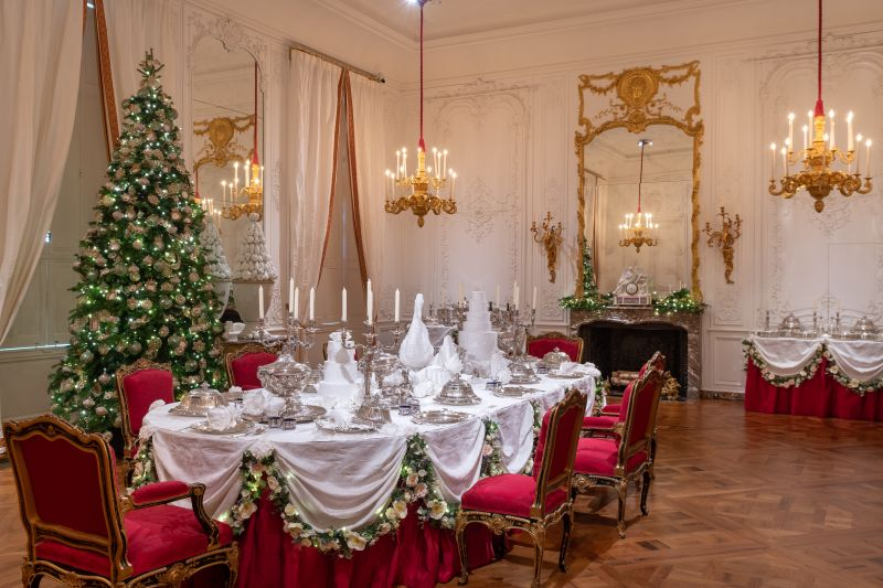 waddesdon christmas dining room