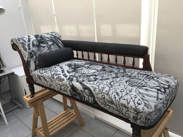 finished chaise longue