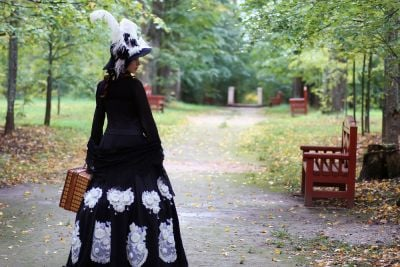 victorian ladies fashion