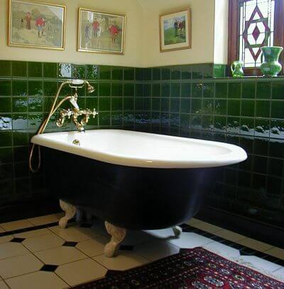 How A Victorian Bathroom Can Enhance Your Period Renovation