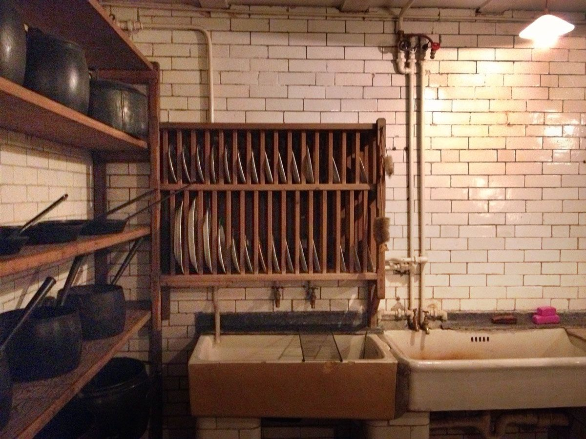 Scullery Victorian Kitchen Sinks Drying-Racks