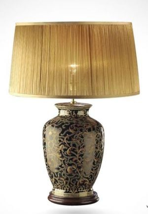Ginger jar Victorian table lamp with shade