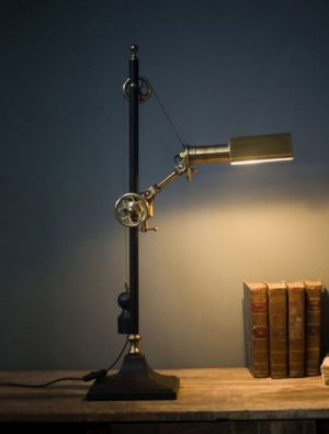 Locomotive Steampunk desk lamp