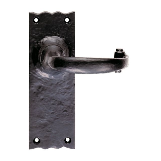 Traditional lever latch handle