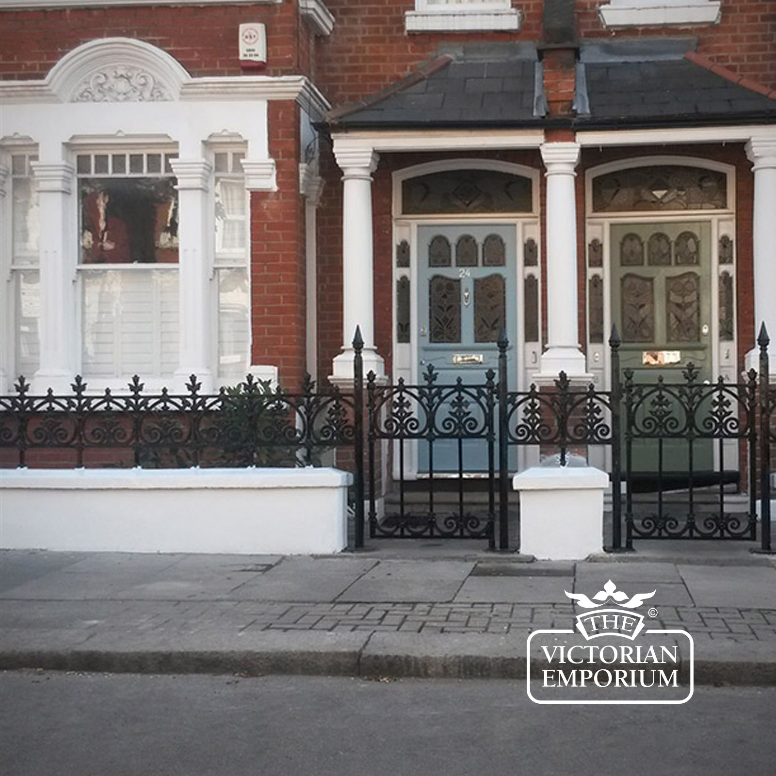 Victorian Terrace Railings Terrace Range Of Gates And