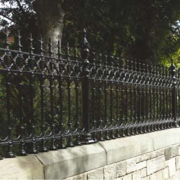 Dumfries Railing Half Height Joiner Panel