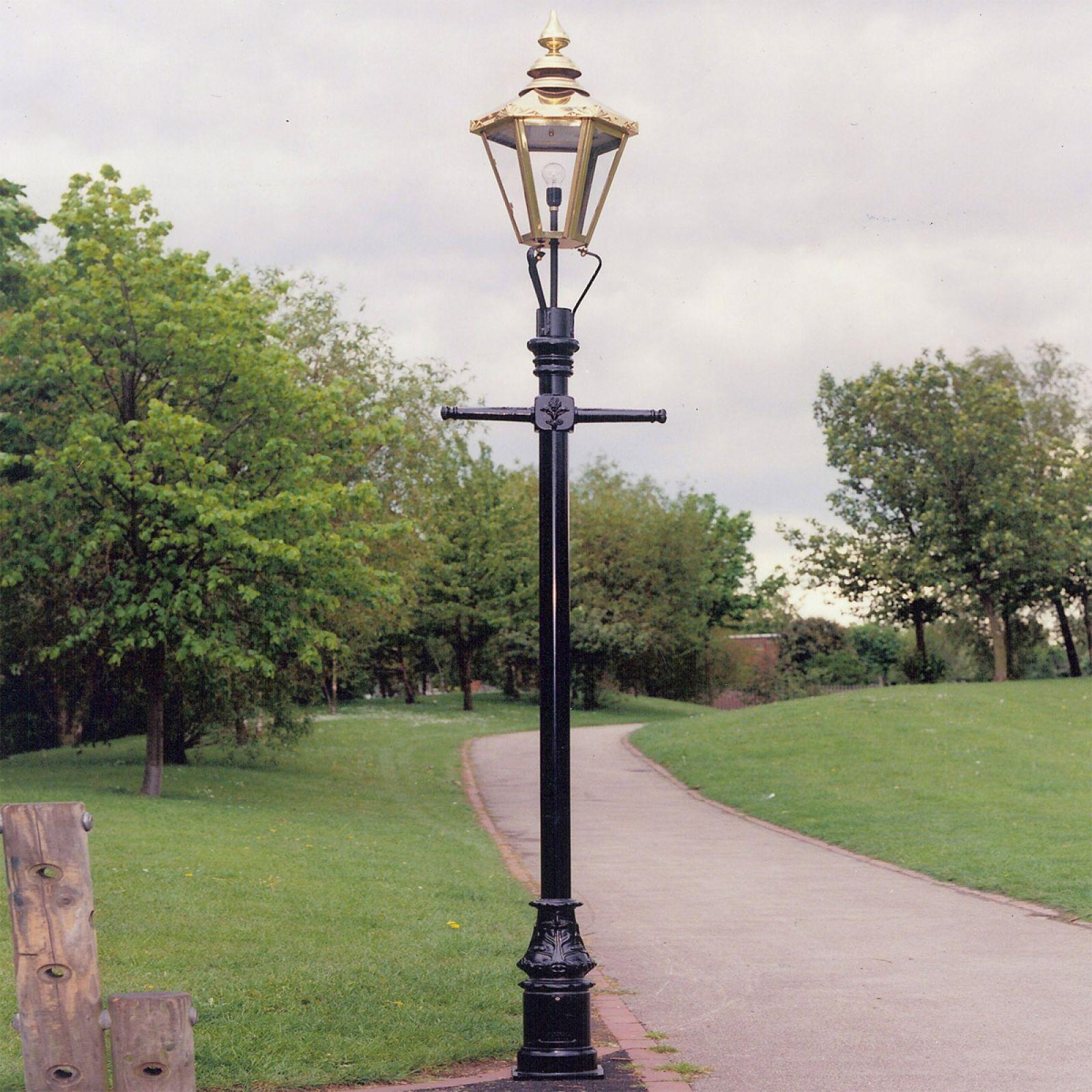 Post: Historic Lamp Posts