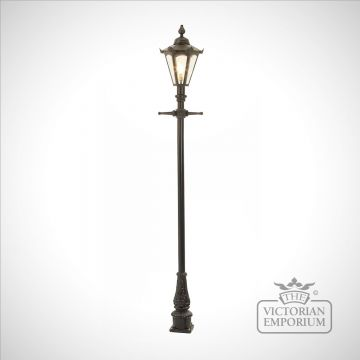 Lamp post 2160mm high and hexagonal steel lantern