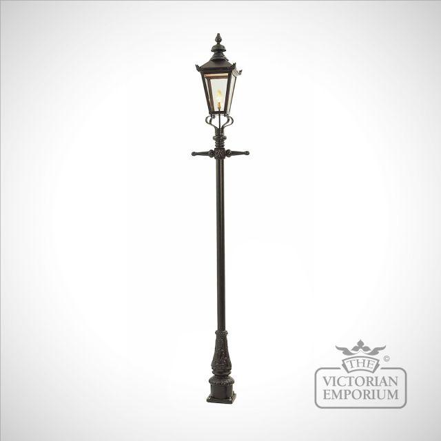 Lamp post 2770mm high and medium square steel lantern