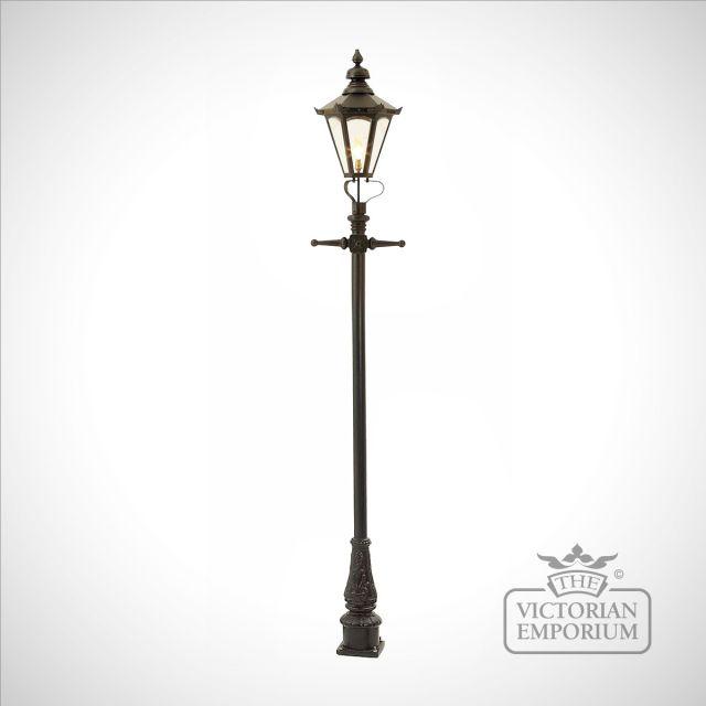 Lamp post 2690mm high and medium hexagonal steel lantern