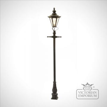 Lamp post 2690mm high and medium hexagonal steel lantern
