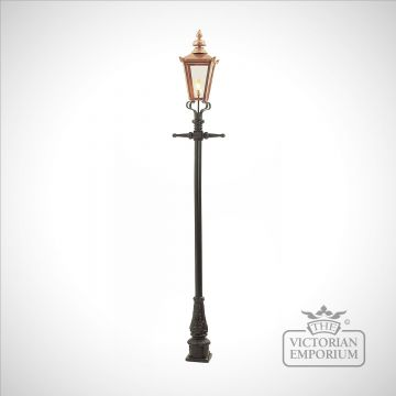 Lamp post 2770mm high and medium copper square lantern