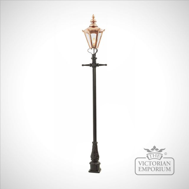 Lamp post 2690mm high and medium copper hexagonal lantern