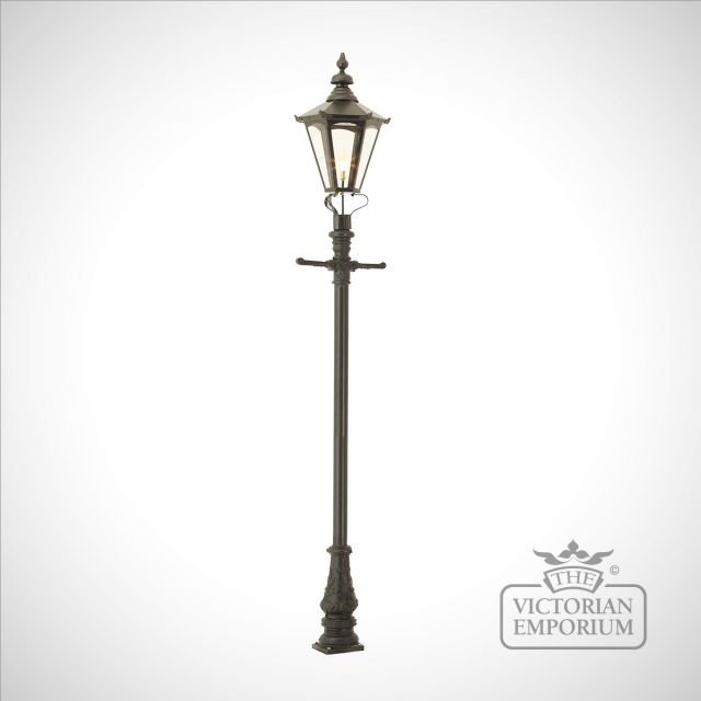 Lamp post 3100mm high and large hexagonal steel lantern