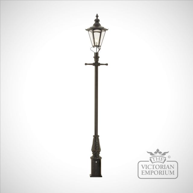 Lamp post 3555mm high and large hexagonal steel lantern
