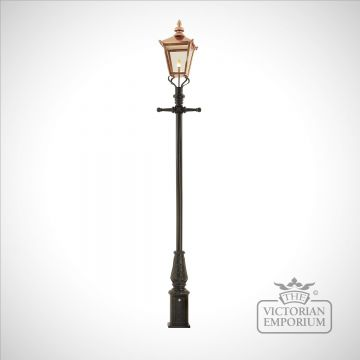 Lamp post 3505mm high and large copper square lantern