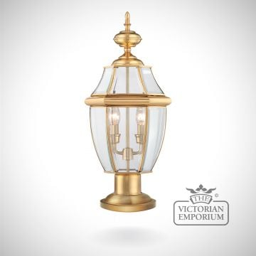 Newbury Pedestal Lantern in Polished Brass