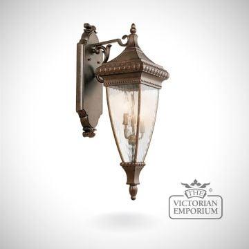 Venice medium wall lantern