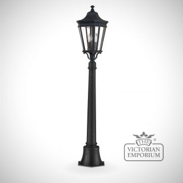 Cotswold medium pillar and lantern in Black