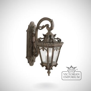 Tournai medium/large wall lantern
