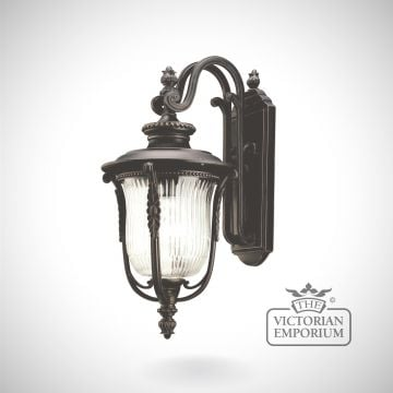 Laverne medium wall light