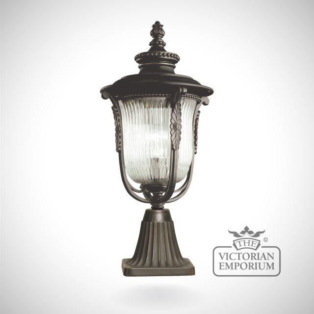 Laverne pedestal lantern