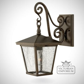 Trellis small wall lantern in Regency Bronze