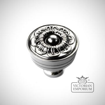 Dahlia knob in Nickel Pewter