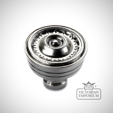 Regal knob in Nickel Pewter