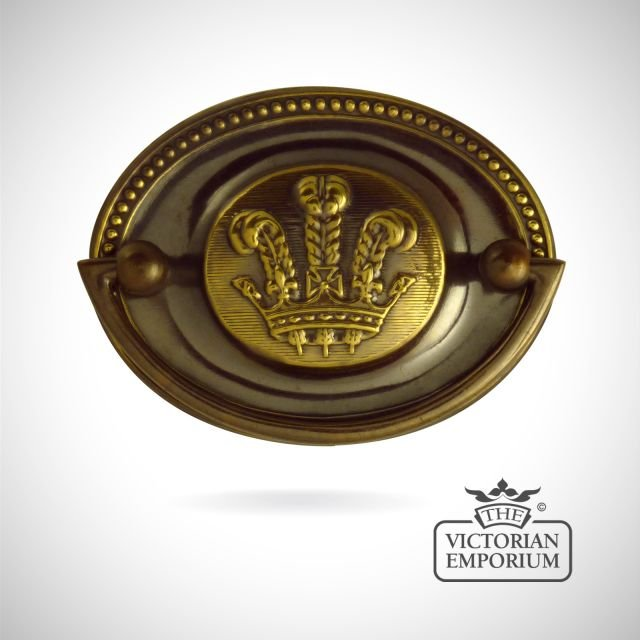Oval plate handle with Prince of Wales Feathers design