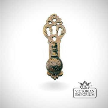 Traditional fretted pedestal style pull handle