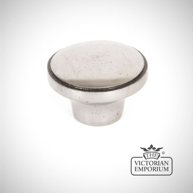 Pewter ribbed cabinet knob