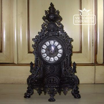 Old classical victorian decorative freestanding clock 01