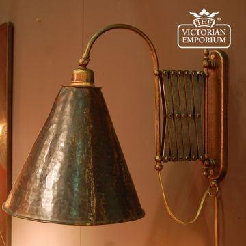 Extendable brass wall light