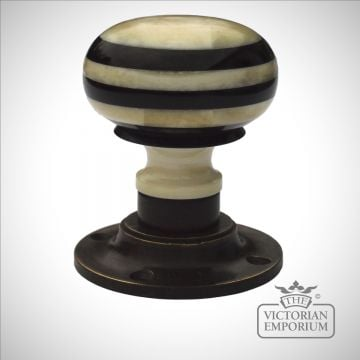 Classic porcelain bone and horn turning handle