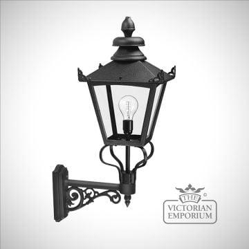 Grampians wall lantern