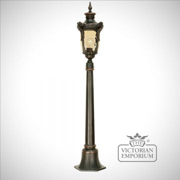 Philadelphia medium pillar with lantern in Old Bronze