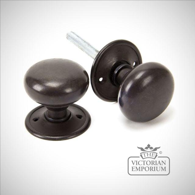 Aged Bronze Mushroom Knob Set