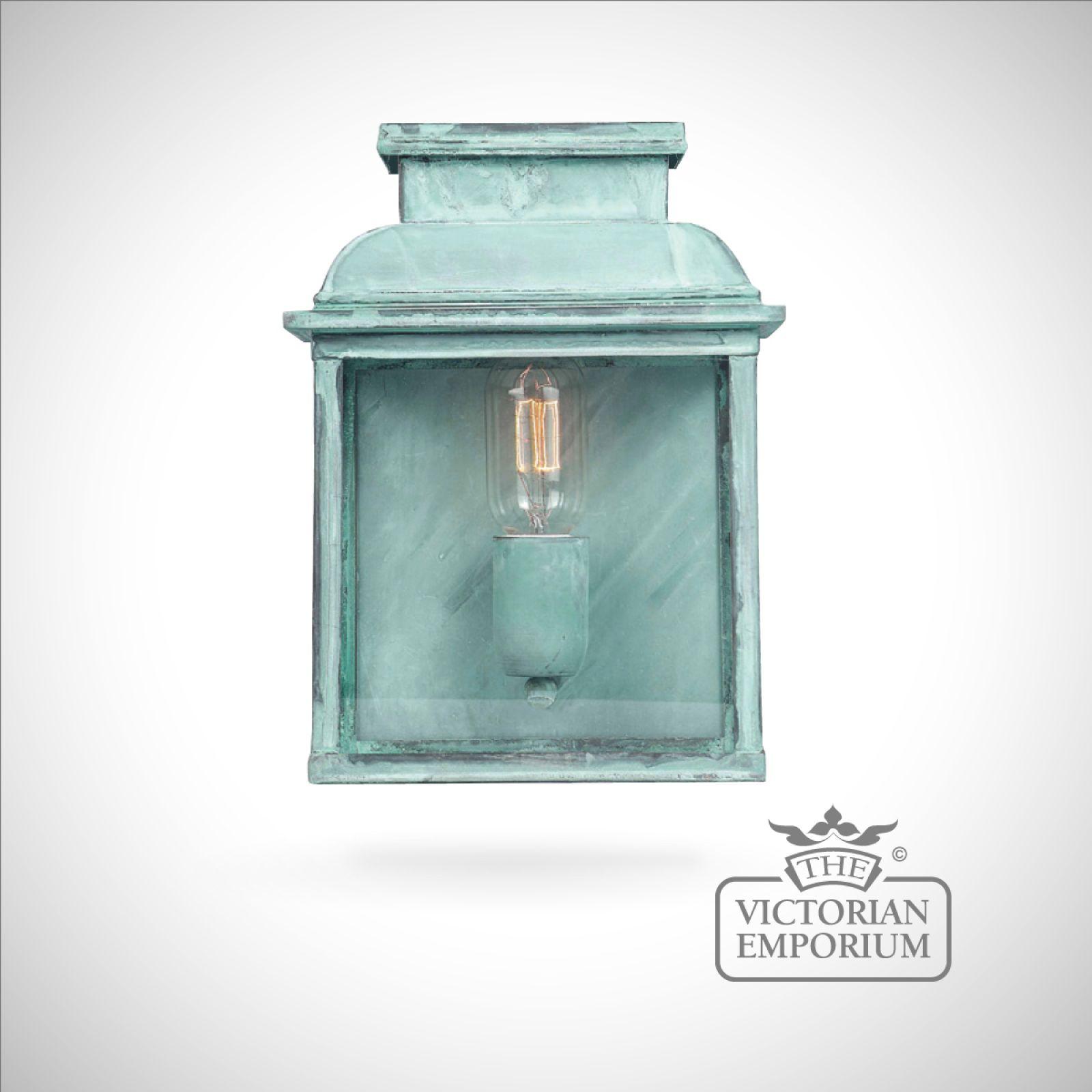 bailey brass wall lantern vert
