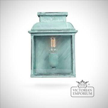 Bailey brass wall lantern - vert