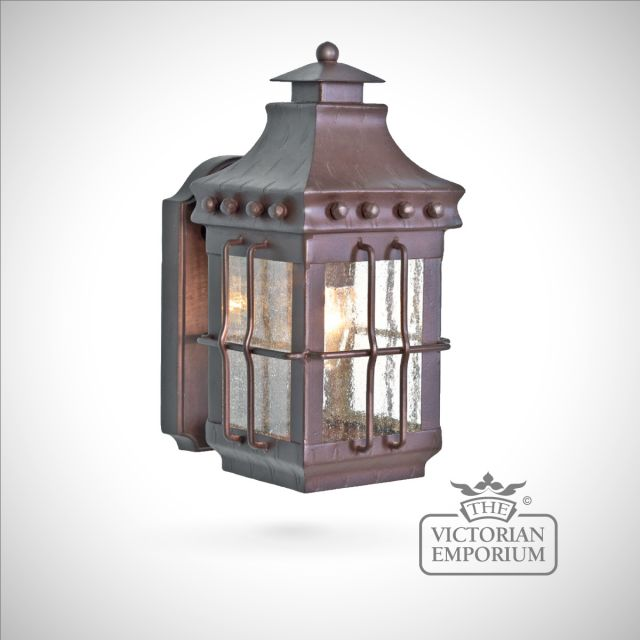 Merrow wall lantern