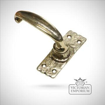 Cast brass plain handle with short plate