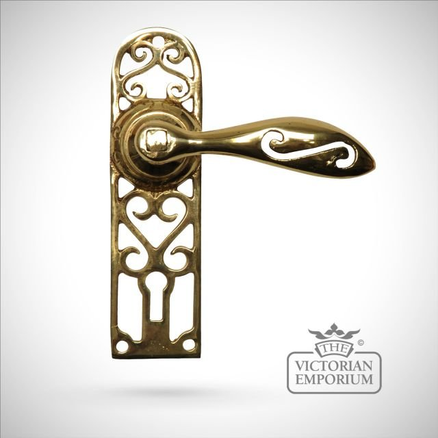 Cast brass cut out pattern handle