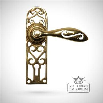 Cast brass cut out pattern handle
