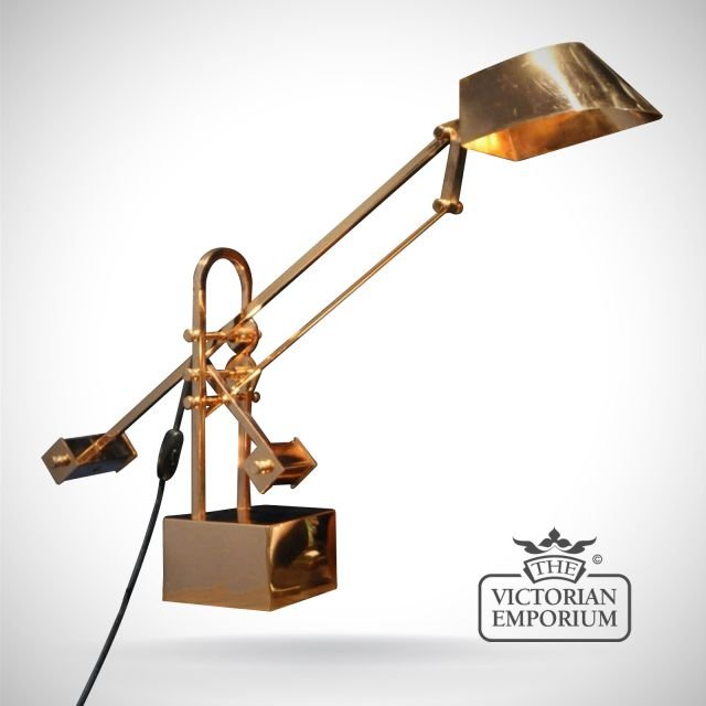 Table lamp in a copper finish