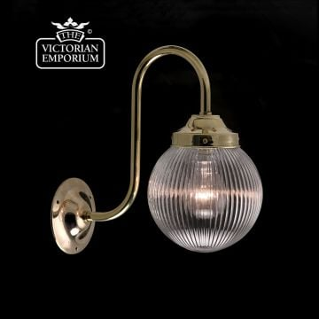 Single globe wall light with reeded glass