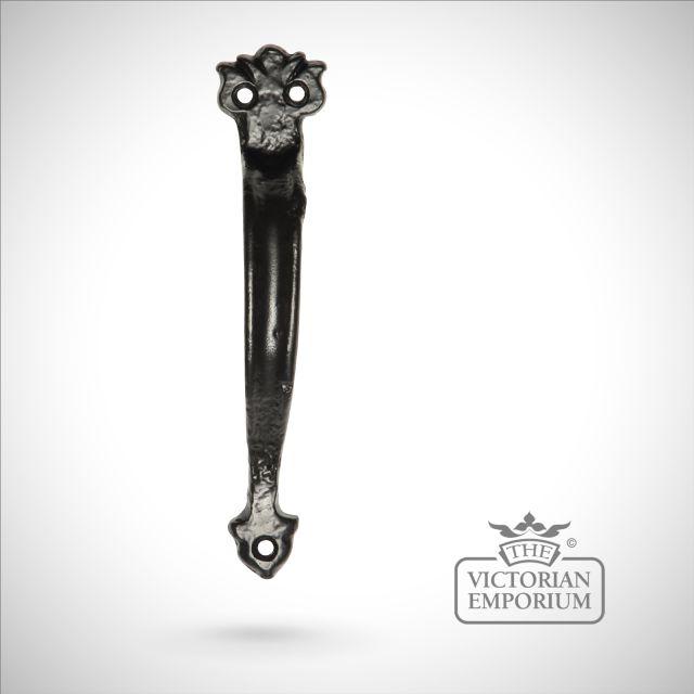 Black iron handcrafted simple pull door handle