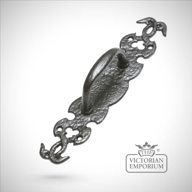 Black iron handcrafted decorative pull door handle with vine design